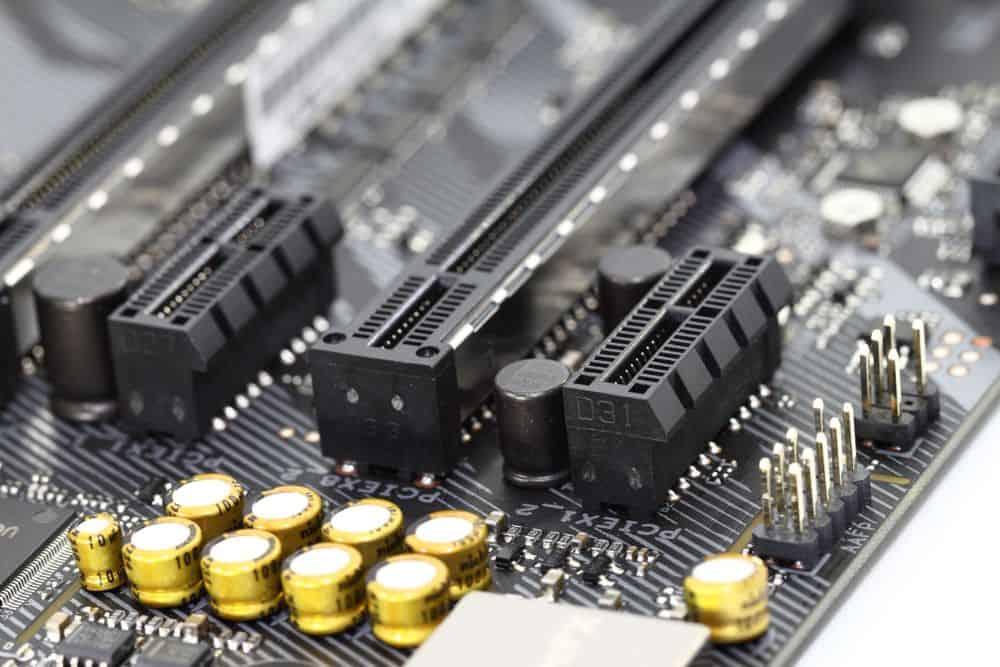 PCIe 4 ranura